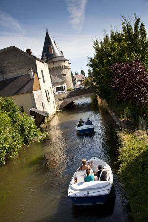 Promenade en barques à La Ferté-Bernard