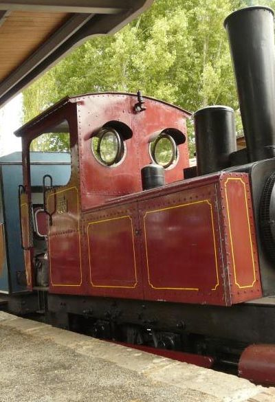 Le petit train de Semur-en-Vallon