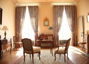 _Chambre d'honneur vue fenêtre
