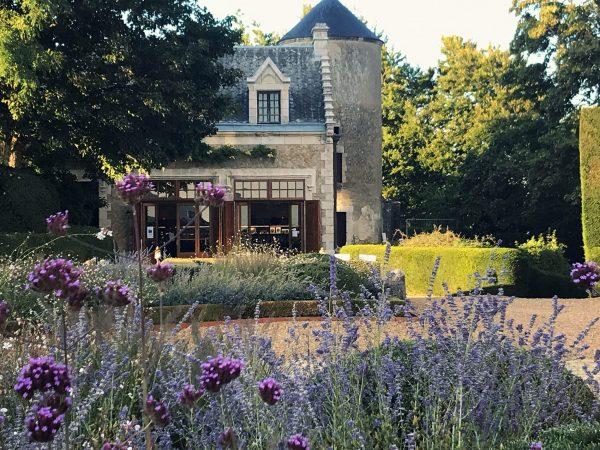 2019-09-Photo fleurs boutique château (2)